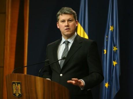Ministrul-Catalin-Predoiu